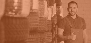Fotolia 63683630 L black 300x143 - Opona pneumatyczna - historia powstania